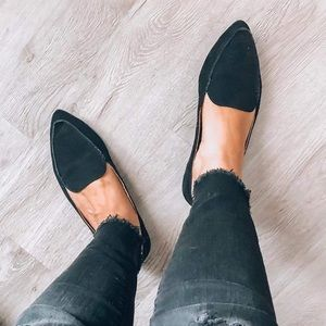 Shoes - Black loafer faux suede pointed shoes